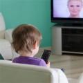 Телевизор вызывает задержку развития речи у детей раннего возраста